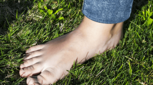 Barefoot Walking: Benefits of Grounding Yourself